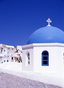 白壁の教会の写真素材 [FYI00035164]