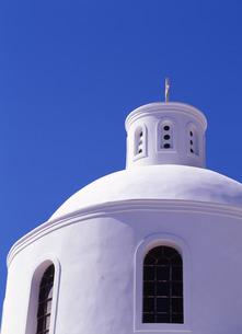 白壁の教会の写真素材 [FYI00035188]