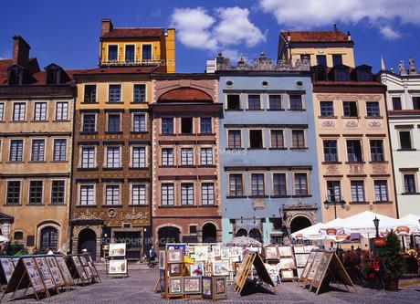世界遺産ワルシャワ旧市街市場広場の写真素材 [FYI00035279]