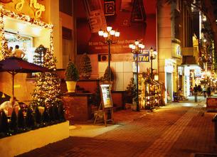 クリスマスのドンコイ通りの写真素材 [FYI00035293]