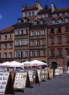 世界遺産ワルシャワ旧市街市場広場の写真素材 [FYI00035320]