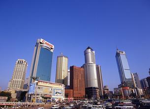 大連の高層ビル群の写真素材 [FYI00035338]