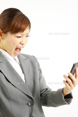 激怒するビジネスウーマンの写真素材 [FYI00035967]