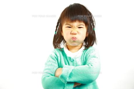 怒る女の子の写真素材 [FYI00036186]
