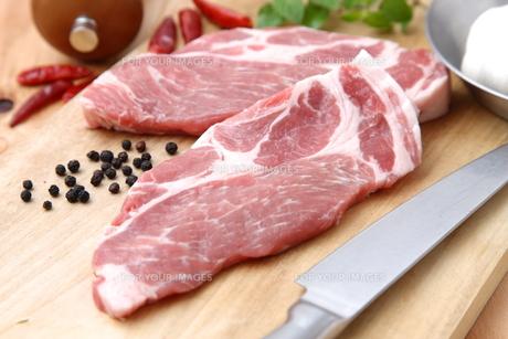 豚肉スライスの写真素材 [FYI00036685]