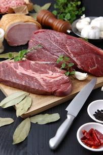 牛肉の写真素材 [FYI00036703]