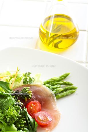 サラダの写真素材 [FYI00037206]