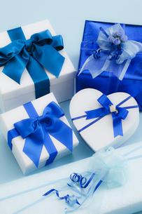 プレゼントの素材 [FYI00038709]