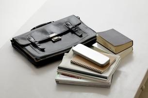 学生鞄と教科書の素材 [FYI00039006]