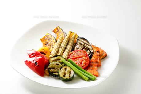 焼き野菜の写真素材 [FYI00039857]