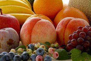 果物集合の写真素材 [FYI00040051]