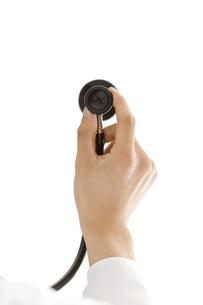 聴診器を持つ手の写真素材 [FYI00040221]