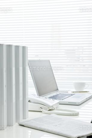 オフィスデスクの写真素材 [FYI00040306]