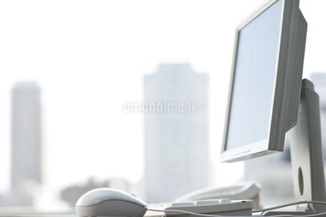 オフィスデスクの写真素材 [FYI00040319]