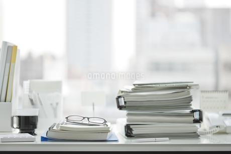 オフィスデスクの写真素材 [FYI00041024]