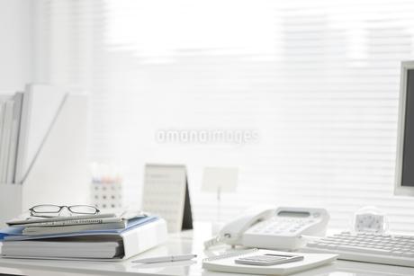 オフィスデスクの写真素材 [FYI00041028]