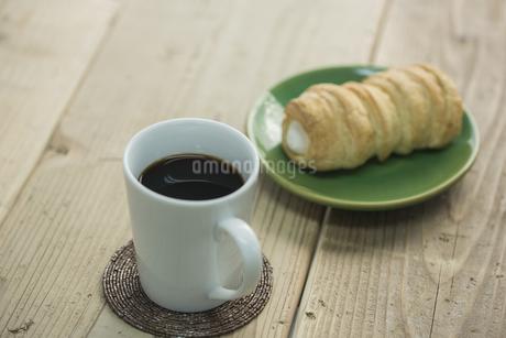 コーヒーとコルネの素材 [FYI00041972]