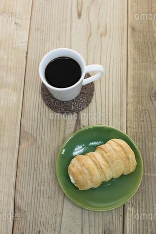 コーヒーとコルネの素材 [FYI00041977]