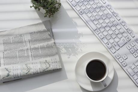 オフィスデスクの写真素材 [FYI00042038]