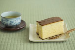 カステラとお茶の写真素材 [FYI00042183]