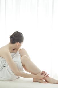 女性の足の写真素材 [FYI00042283]