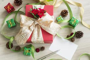 クリスマスグッズの写真素材 [FYI00042427]