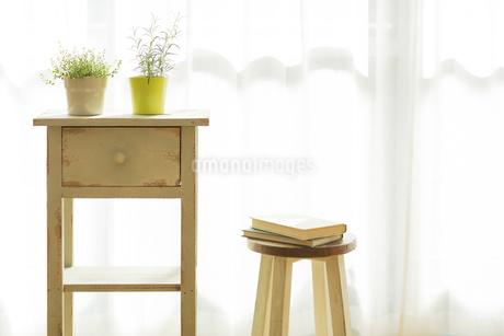 部屋の中にある家具の写真素材 [FYI00042524]