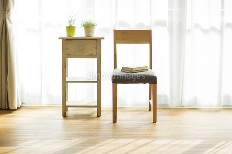 部屋の中にある家具の写真素材 [FYI00042525]