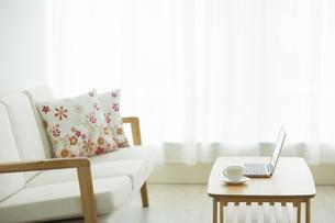 部屋の中にある家具の写真素材 [FYI00042592]