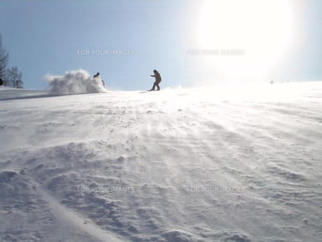 雪煙りの素材 [FYI00043002]