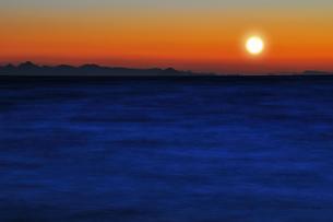 瀬戸内海の日没の素材 [FYI00043098]