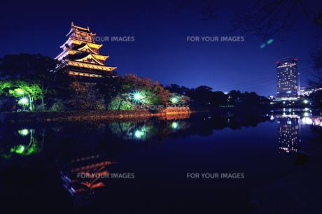 広島城とビルの素材 [FYI00043163]