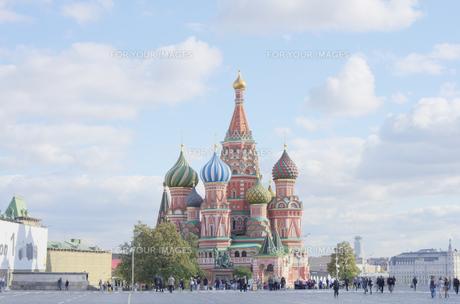 モスクワ 赤の広場 聖ワシリイ大聖堂の写真素材 [FYI00043549]