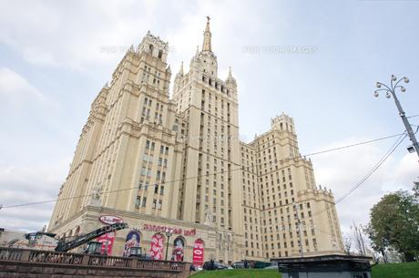 モスクワ 文化人アパートの写真素材 [FYI00043567]