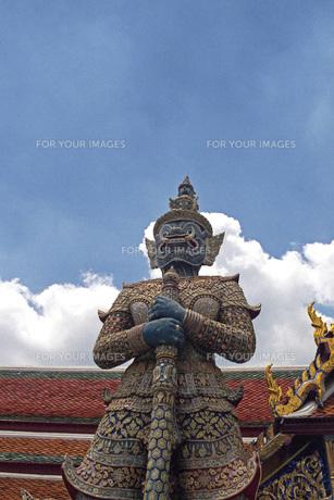 エメラルド寺院の像の素材 [FYI00043795]