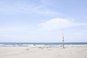 海辺のフラッグの写真素材 [FYI00044181]