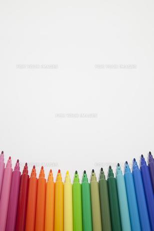 カラフルなペンの素材 [FYI00044557]