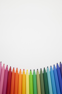 カラフルなペンの写真素材 [FYI00044557]