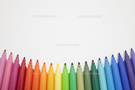カラフルなペンの写真素材 [FYI00044561]