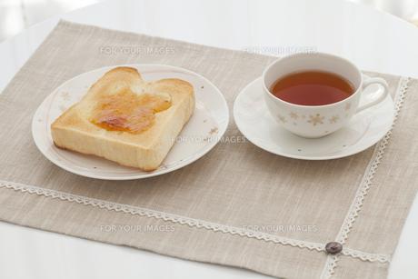 トーストと紅茶の素材 [FYI00044638]