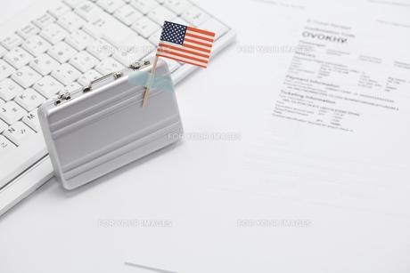 アメリカの国旗と旅の準備の素材 [FYI00044639]