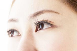 女性の目の写真素材 [FYI00044958]