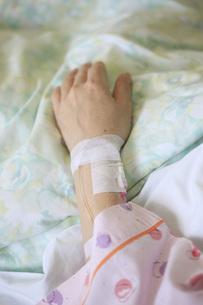 病人の写真素材 [FYI00045619]