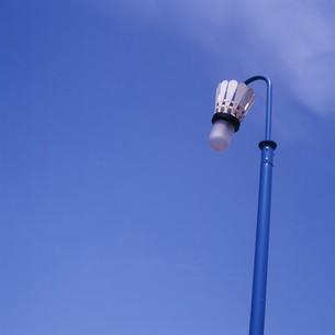 バトミントンの羽根の形の照明の写真素材 [FYI00045915]