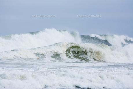 海 荒波の写真素材 [FYI00045980]