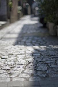 石畳の路地の写真素材 [FYI00046018]