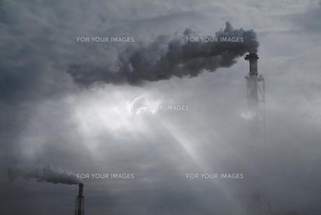 煙突の写真素材 [FYI00046883]
