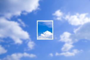 青空の切手の写真素材 [FYI00049298]