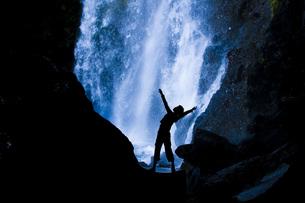 滝とピラティスの写真素材 [FYI00049514]