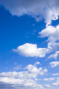 青空と雲の写真素材 [FYI00049929]